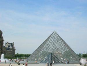 Louvre_2350455590096713974