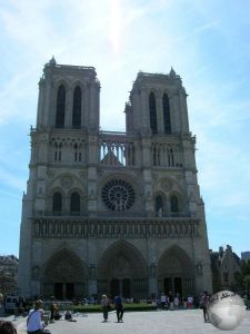 Notre Dame_2238381140096713974