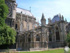 Notre Dame_2656855620096713974