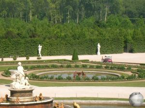 Versailles-The Grand Gardens_2252883480096713974