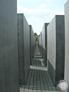 New Jewish Memorial-Walking Inside_2913180640096713974