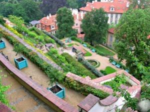 Palace-Gardens_2083568300096713974